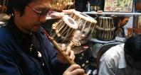 India NewDelhi 楽器屋にて